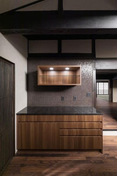 キッチン(収納部分) (姫路・天満の家 主屋)