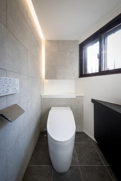 トイレ (姫路・天満の家 主屋)