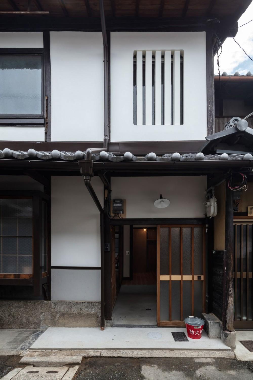 昭和小路の長屋II|賃貸向け京町家のシンプルリノベーション【京都市】 (外観)