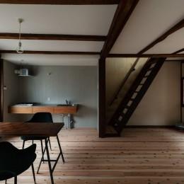 昭和小路の長屋II|賃貸向け京町家のシンプルリノベーション【京都市】 (ダイニングキッチン)
