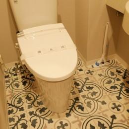 キッチン動線がスマートな家 (既存の手洗い器はそのままでも雰囲気はがらりと変わります)