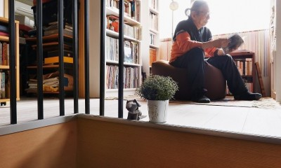 書棚|家で楽しく仕事できる、土間のある一軒家