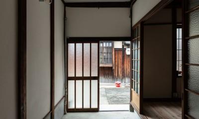 玄関土間|昭和小路の長屋II|賃貸向け京町家のシンプルリノベーション【京都市】