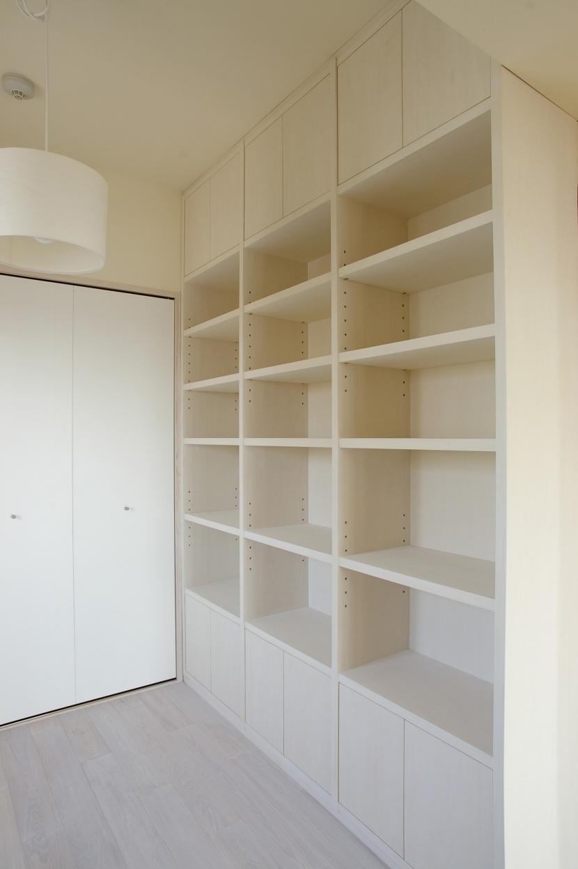 I邸 / マンション部分リフォームの写真 造付け本棚