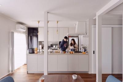 キッチン (程よい距離を保てる二世帯住宅)