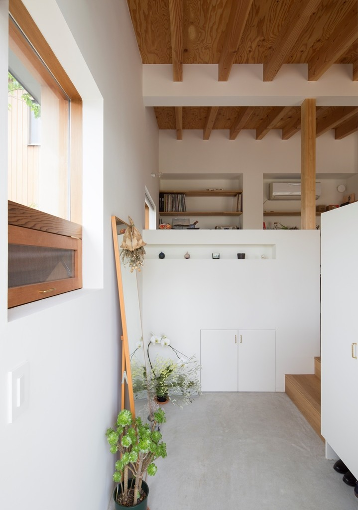 横地の家/趣味を楽しむ平屋の住み家 (玄関土間)