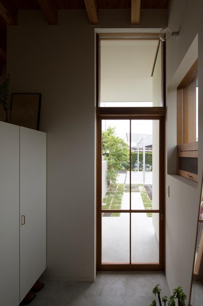 横地の家/趣味を楽しむ平屋の住み家 (玄関引き戸)