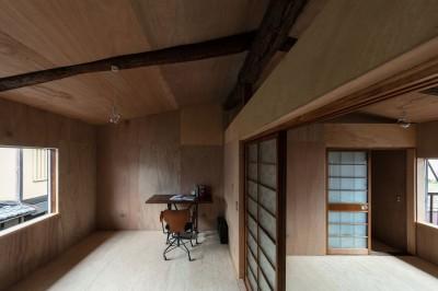 2階の部屋 (昭和小路の長屋II|賃貸向け京町家のシンプルリノベーション【京都市】)