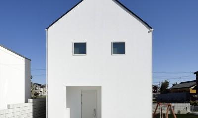 アトリエのある白の家