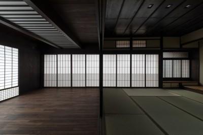 仏間とホール (姫路・天満の家 主屋)