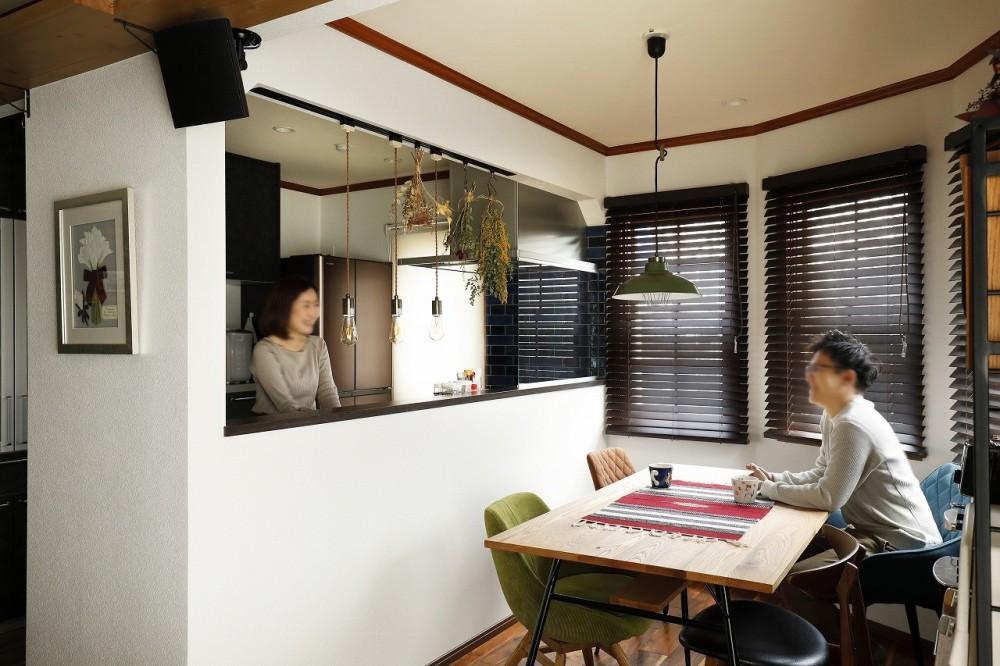 ふたりと2匹の心地よい家 (明るく開放的になったキッチンとダイニング)