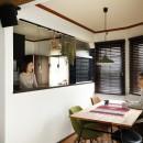ふたりと2匹の心地よい家の写真 明るく開放的になったキッチンとダイニング
