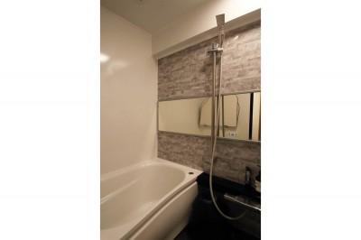 浴室 (ナチュラルテイストな男前リノベーション)