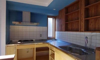 かもめ食堂のようなキッチンの家.柏市K邸 (キッチン2)