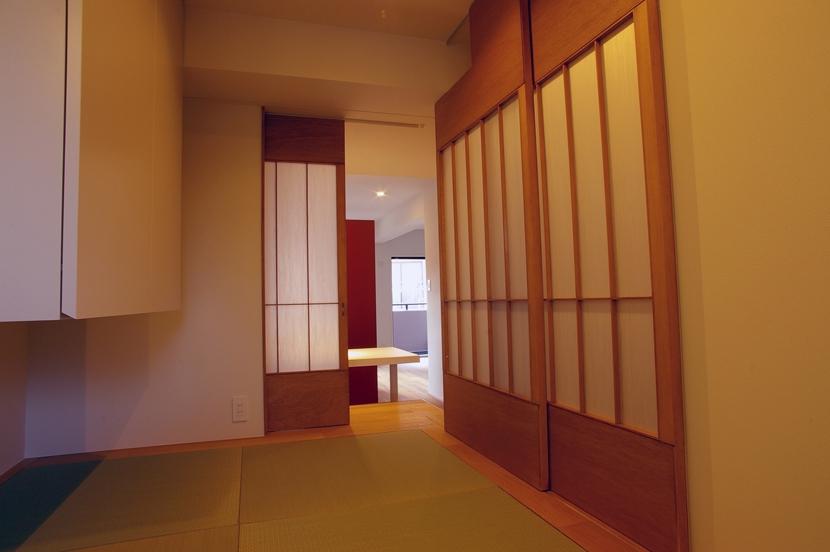 T邸 / 風が通り視線が通る、家全体を一日中使える小さな住まいの部屋 和室
