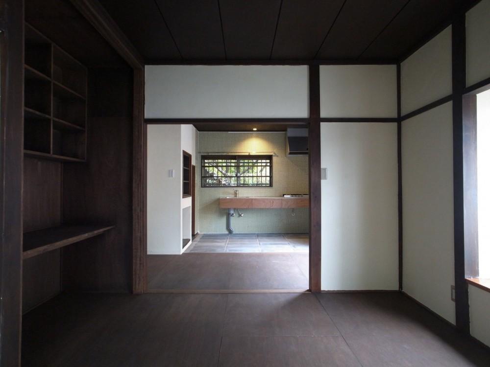 大磯K邸改修 (居間から食堂・台所を見る)