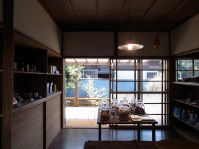 店舗・1 (K A M O S U ・ 早田雄次郎建築設計事務所)
