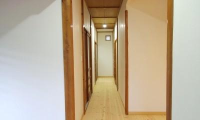 陽廻りの家 (廊下)