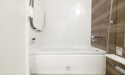 淡い木目のナチュラルテイスト (バスルーム)