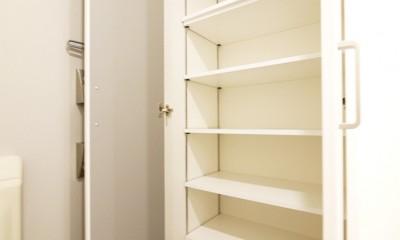 淡い木目のナチュラルテイスト (玄関収納)