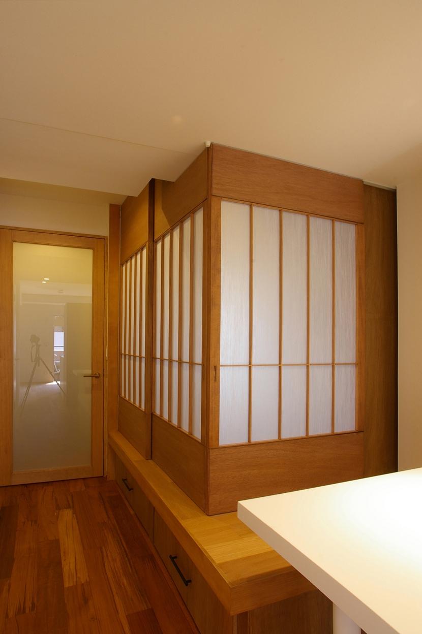 T邸 / 風が通り視線が通る、家全体を一日中使える小さな住まい (寝室、和室)
