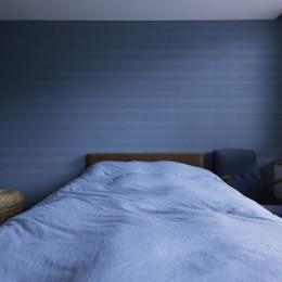 ニュアンス ノ イエ -ストーリや思い出のある素材を丁寧に選んだリノベーション- (寝室)