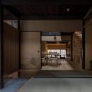 学林町の町家/耐震・断熱改修も行った京町家のリノベーションの写真 玄関/奥に食堂、居間が続きます