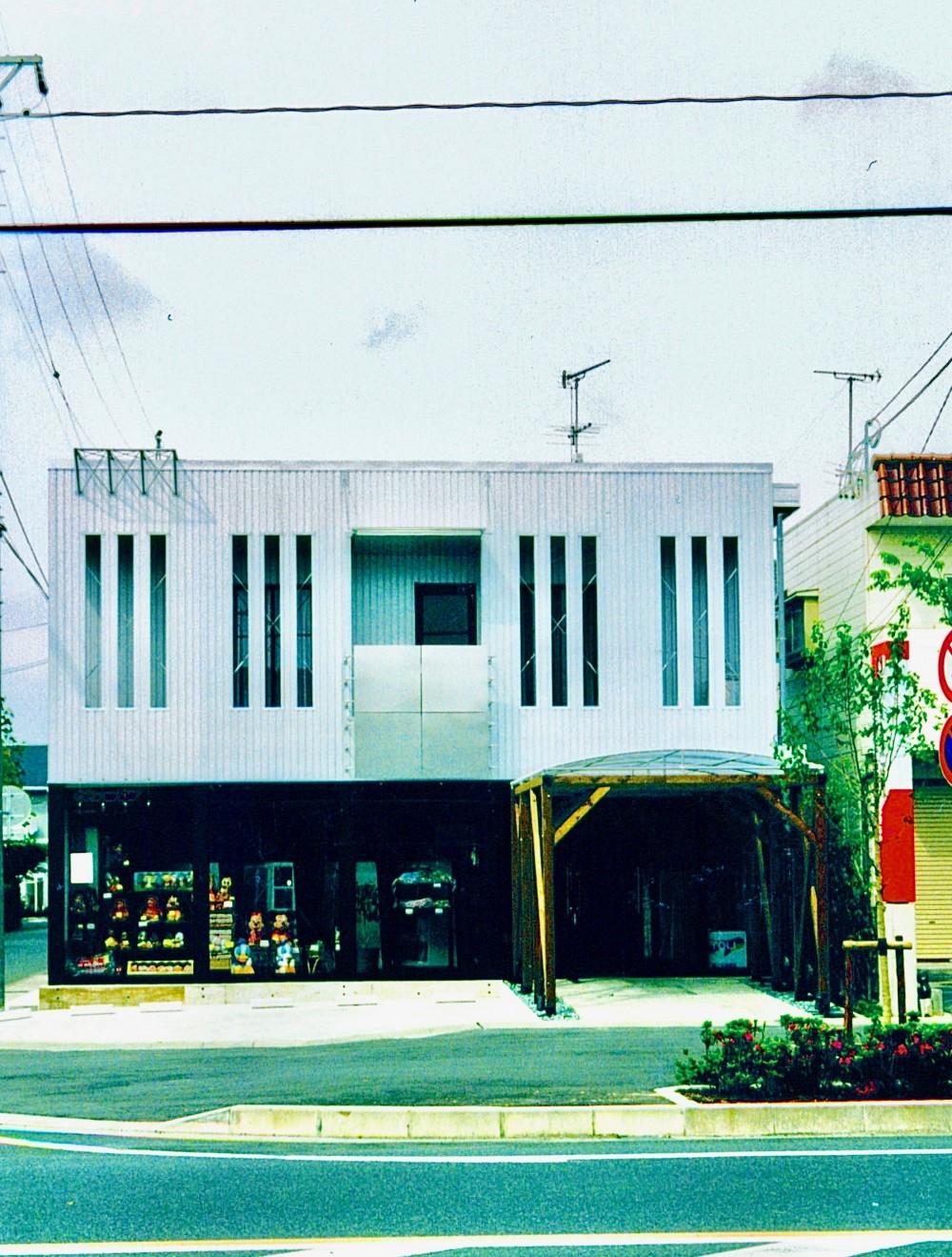 くらしのセンター・DAN HOUSE 浜松店 (外観)