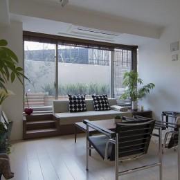 ガーデンテラスのあるオフィス〜新築マンションリノベーション