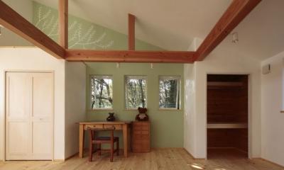 木と土の家 (子供部屋1)