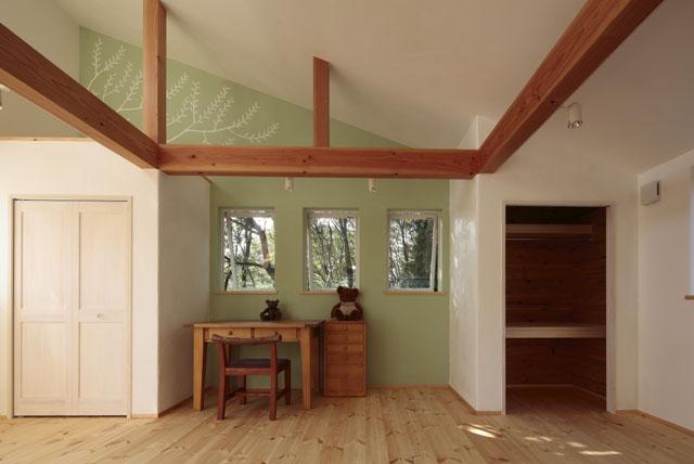 建築家:とりやまあきこ「木と土の家」