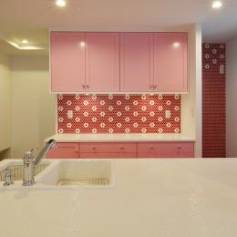 花と過ごす都会の家~賃貸併用二世帯住宅 (キッチン)