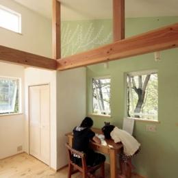 木と土の家 (子供部屋3)