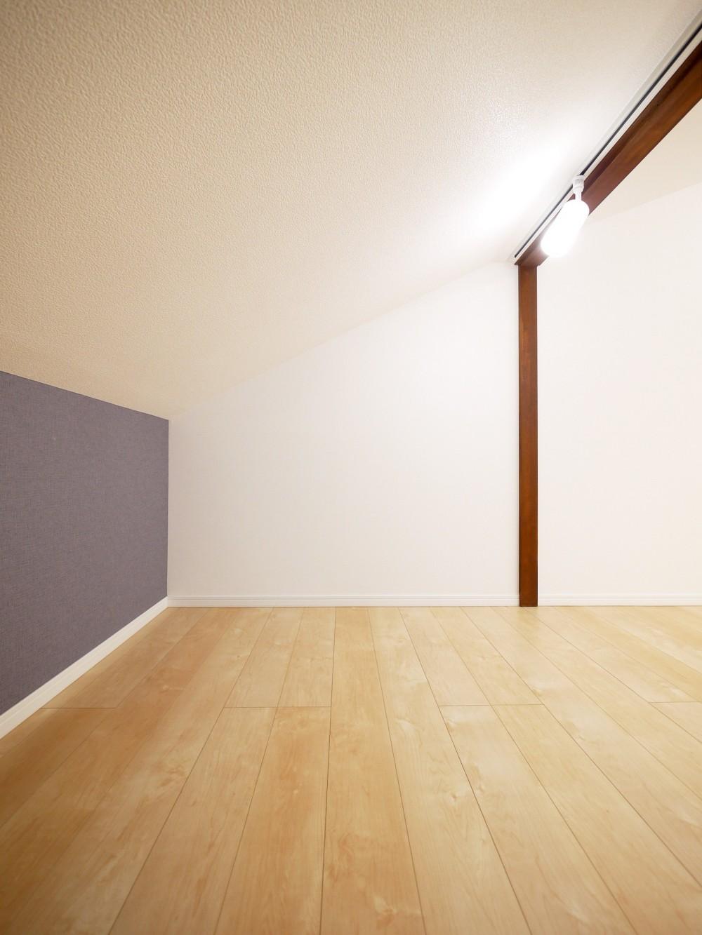 戸建の和室をオープンな空間に (小屋裏・収納)