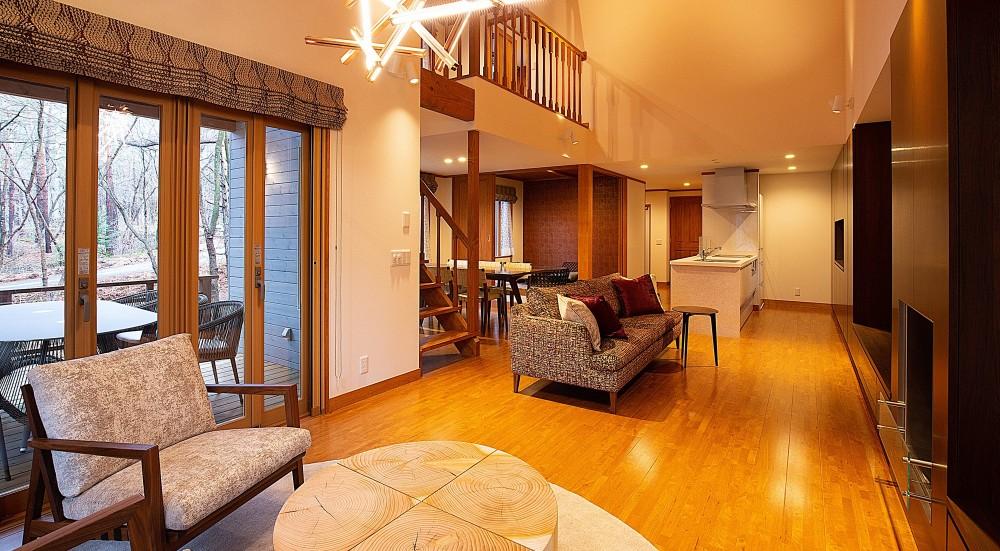 新築別荘の建築設計&インテリア:長野.軽井沢 01 (リビングダイニング)