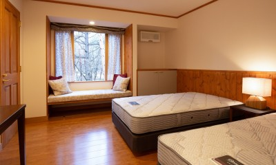 ベッドルーム 新築別荘の建築設計&インテリア:長野.軽井沢 01
