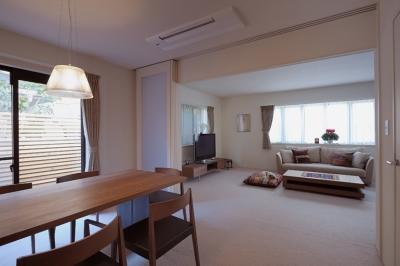 リビングダイニング (NK邸 / 二世帯住宅へのリノベーション)