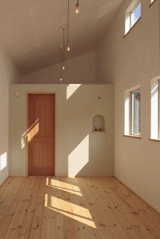 木と土の家の部屋 寝室1