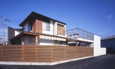 仕事場のある住まい|あなたの場所・自分の居場所を創る|リビングコーナーながら 専用の坪庭を持つスタディスペース (隅部に個性を)