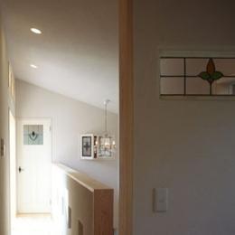 木と土の家 (廊下・階段1)