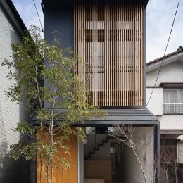 小江戸川越の町家 ー小間を立体的に繋げた現代的町家ー (外観)