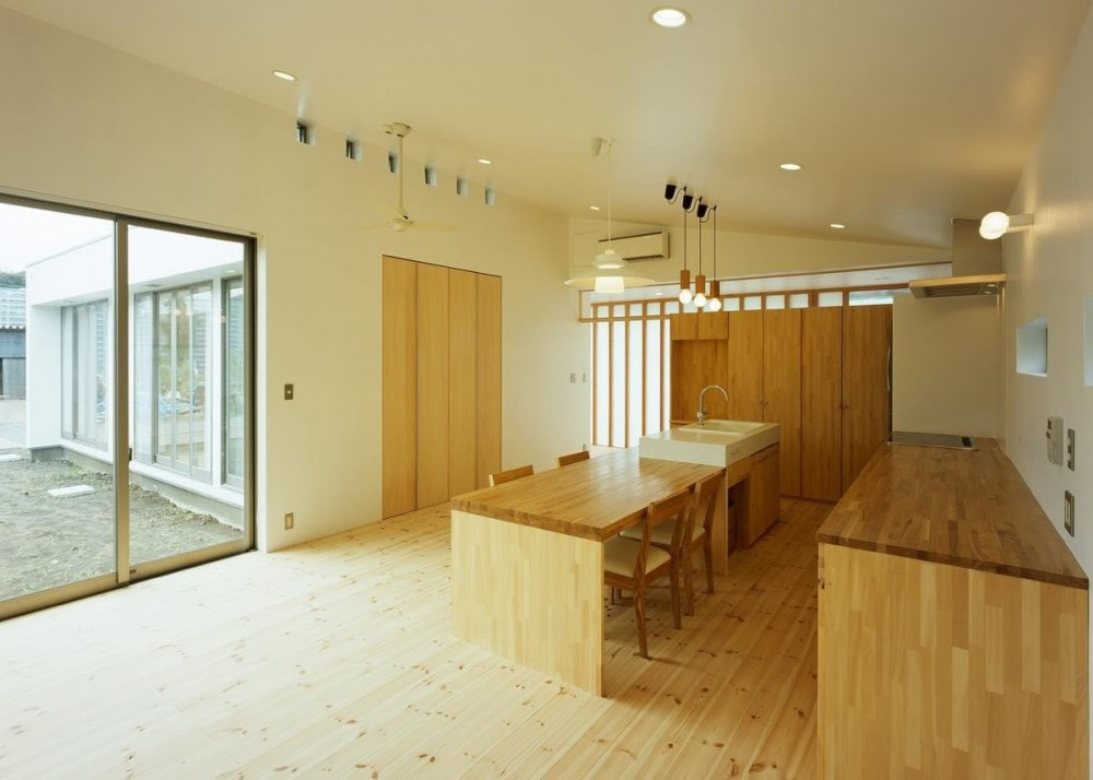 伊豆大島の家 (内観5)