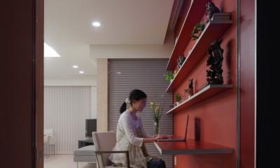 仕事場のある住まい|あなたの場所・自分の居場所を創る|思い出の品々も受け止める マルチタスクな場所 (仕事場を通りから見る)