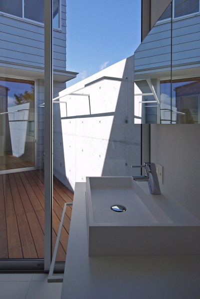 洗面脱衣室 (小島の家-kojima)