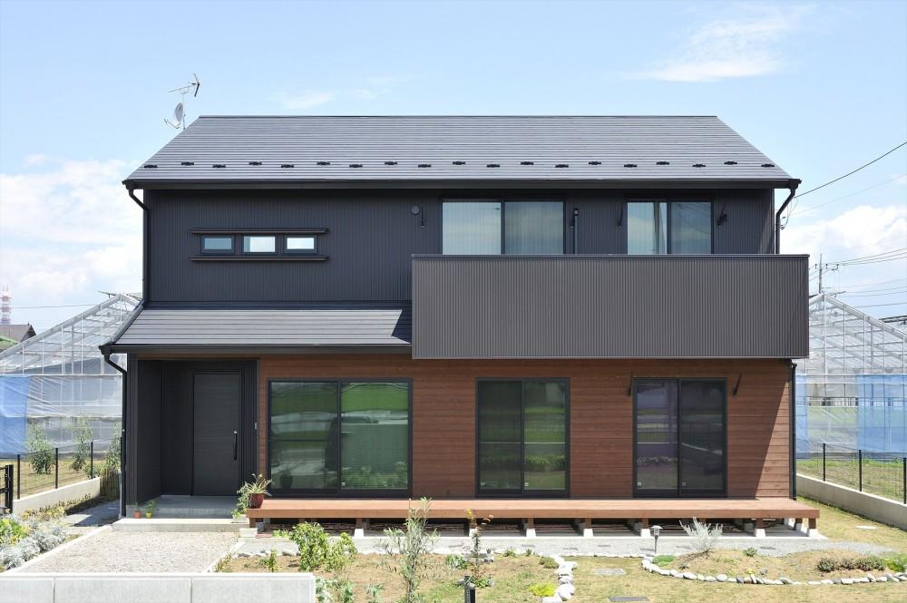 WAの黒の家 (外観)