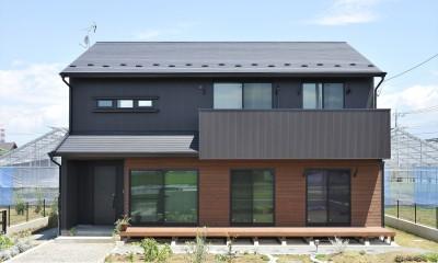 WAの黒の家