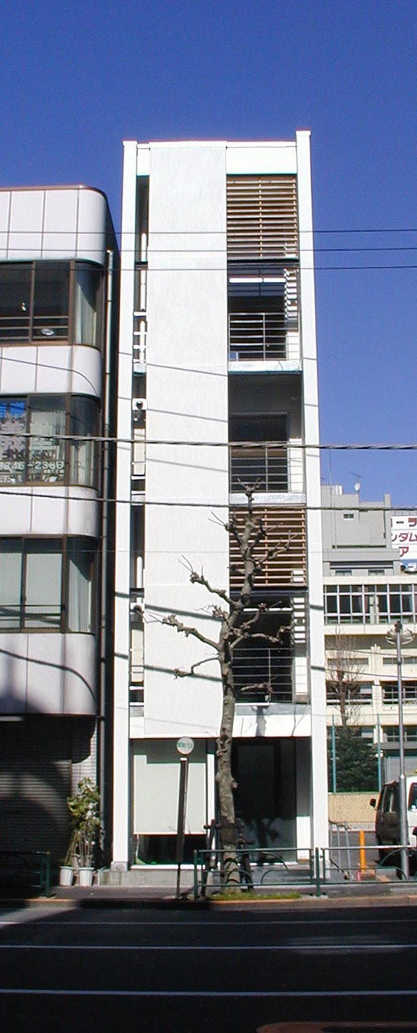 古川ビル / オーナー住戸付き事務所ビル (外観(ルーバーオープン))