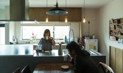 ヒカリノイエ~3世代2世帯が住む味わいのある古民家リノベーション~ (ダイニングキッチン~暮らし)