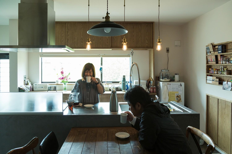 キッチン事例:ダイニングキッチン~暮らし(ヒカリノイエ~3世代2世帯が住む味わいのある古民家リノベーション~)