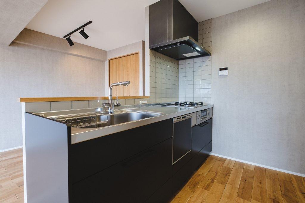 キッチン事例:キッチン(グレイッシュにまとめた上品で上質な空間)